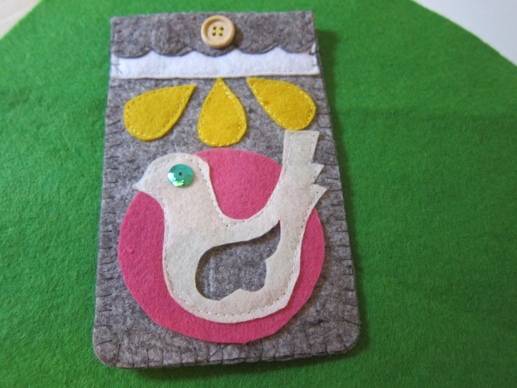 Felt birdy mobile phone cover