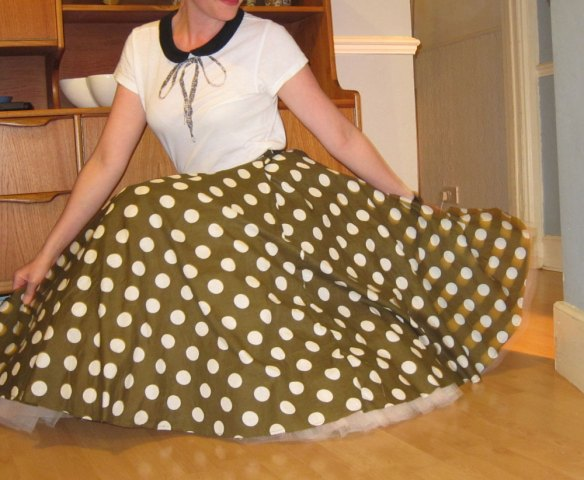 Casey's circle skirt sewalong party 7
