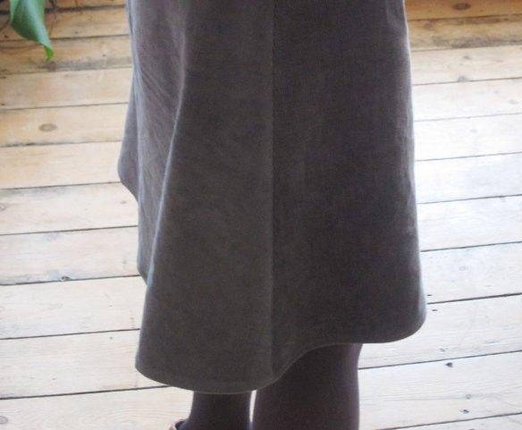 Front back skirt